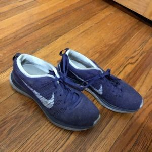 Purple Nike flyknits